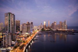 skyline-panama-ciudad-noche